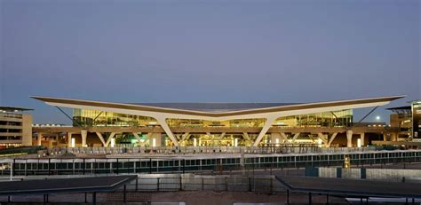 Cape Town Airport Duty Free | CPT's Shopping and Dining Guide